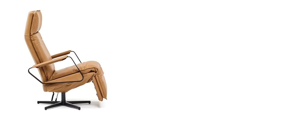 toonzaal maes, boons, bazel, interieur, maatwerk, kruibeke, temse, beveren, haasdonk, zwijdrecht, rupelmonde, bazel, oost- vlaanderen, waasland, nieuwkerken, zwijndrecht, burcht, antwerpen, durlet, belgië evita, salon, leder, stof, chrome, dayton, relax sofa Maes boons, interieur maatwerk, inbouwkasten op maat, interieur, kast op maat,