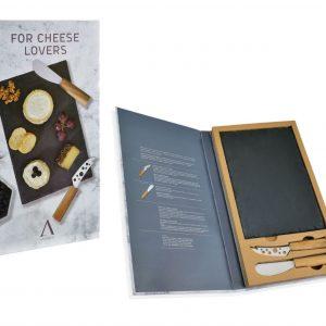 set-gourmet-de-cuchillos-y-pizarra-para-amantes-del-queso